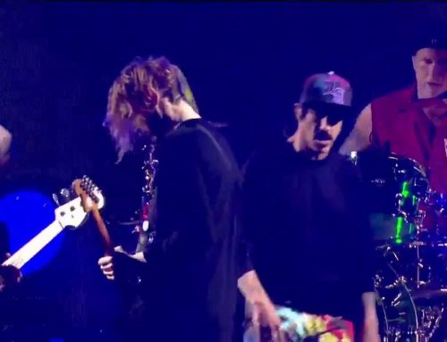 Red Hot Chili Peppers Live Dark Necessities